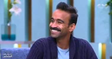 """محمود الليثى يكشف عن أغنية """"شاب عادى"""".. والأطفال فى الشوارع: أنت حقيقى ولا بلاستك"""
