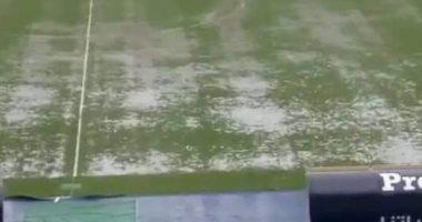 شاهد ملعب برج العرب يغرق بمياه الأمطار قبل قمة الأهلي والزمالك