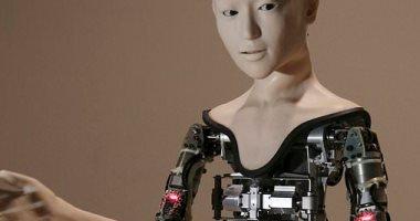 دراسة: النساء أكثر عرضة للاستبدال من قبل الروبوتات مقارنة بالرجال