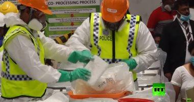 شاهد..شرطة سريلانكا تتلف 770 كيلوجراما من الكوكايين تحت عدسات الإعلام