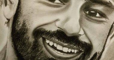 منار علام.. صيدلانية من طنطا تبرز موهبتها بالرسم بمجموعة لوحات