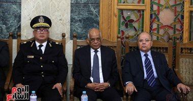 صور.. رئيس مجلس النواب ووزراء يشاركون في عزاء الدكتور أحمد كمال أبو المجد