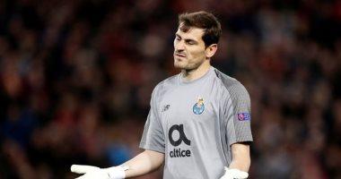 السلطات البرتغالية تداهم منازل لاعبين منهم حارس منتخب إسبانيا السابق كاسياس