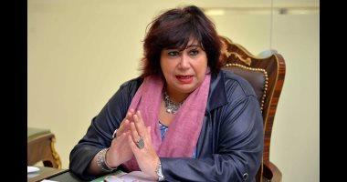 وزيرة الثقافة تطلق حملات للتوعية الوقائية من فيروس كورونا