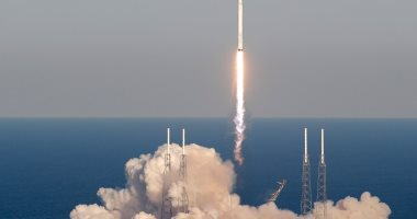انفصال كبسولة سبيس إكس عن صاروخ بعد إطلاقه وسقوطها قبالة ساحل فلوريدا