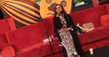 فيديو.. أنغام تجرى البروفات الأخيرة قبل حفلها الغنائى فى السعودية