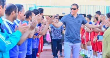 مجدى عبد العاطى يحتفل بصعود أسوان للدورى الممتاز.. وجدو: مبروك يا نجم