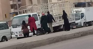 شكاوى من عدم توفير مدخل او كوبرى لقرية الأبعادية على طريق دمنهور