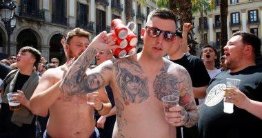 صور.. شاهد محيط كامب نو قبل قمة برشلونة ضد مانشستر يونايتد