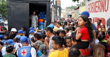 شاهد احتجاجات وطوابير طويلة بسبب نقص الوقود فى فنزويلا