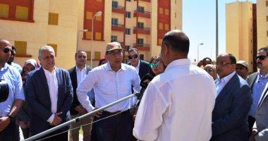 فيديو وصور.. رئيس الوزراء يتفقد محطة معالجة الصرف بالمدامود ومشروعات الإسكان الاجتماعى بطيبة