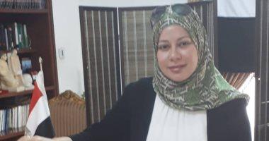 مصر تستطيع.. نائب رئيس جامعة البحرين تدلى بصوتها فى الاستفتاء.. صور