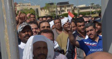 """أصغر ناخب فى الكويت """"21يوما"""" يشارك والديه فى الاستفتاء على التعديلات الدستورية"""