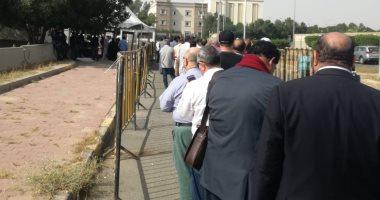 المصريون فى الكويت يشاركون بصور لطوابير الناخبين بالاستفتاء على الدستور