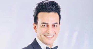 """سمسم شهاب يكشف تفاصيل ألبومه الجديد """"عايش جدع"""""""