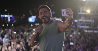 بعد نجاح حفلته بالرياض.. رسالة حب من تامر حسنى لجمهوره فى السعودية