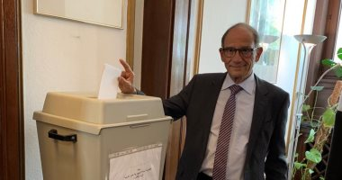 فيديو..العالم هانى عازر يوجه رسالة للمصريين أثناء مشاركته فى الاستفتاء بألمانيا