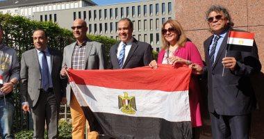 صور.. المصريون فى ألمانيا يدلون بأصواتهم فى استفتاء التعديلات الدستورية