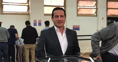 فيديو.. الفنان محمد ثروت: اللى يحب مصر ينزل يشارك فى الاستفتاء على الدستور
