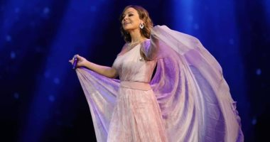 صور..كارول سماحة تقدم واحدة من أقوى حفلاتها بالتجمع وتحتفل بالجنسية المصرية