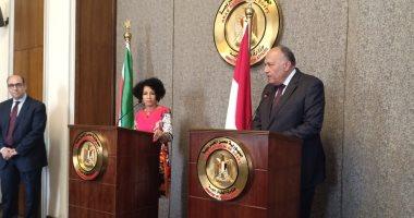سامح شكرى: بحثت مع وزيرة خارجية جنوب أفريقيا الأوضاع فى ليبيا والسودان