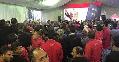 مد التصويت داخل السفارة المصرية فى الكويت لامتلاء الحرم الانتخابى بالناخبين