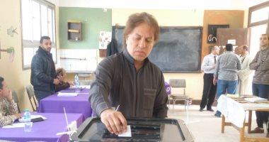 صور.. ثروت سويلم يدلى بصوته فى الاستفتاء على التعديلات الدستورية
