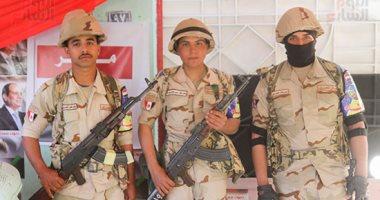انتشار قوات الأمن أمام مقار اللجان لتأمين الاستفتاء على تعديلات الدستور.. صور