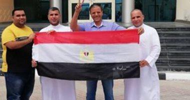 المصريون فى قطر يصوتون باليوم الثانى للاستفتاء على الدستور بالخارج