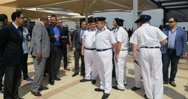 مدير أمن مطار القاهرة يتفقد تأمين اللجان بميناء القاهرة الجوى.. صور
