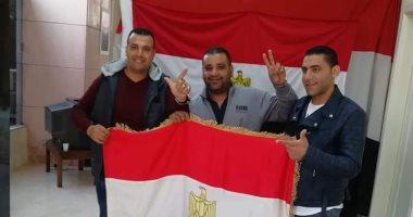 شباب مصر ببيروت يشاركون فى الاستفتاء على التعديلات الدستورية