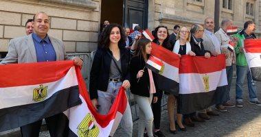 سفير مصر بواشنطن: المصريون بالخارج أعطوا رسالة قوية بمشاركتهم فى الاستفتاء