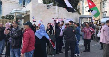 بأعلام مصر والأردن.. المصريون يحتفلون باستفتاء التعديلات الدستورية ..صور