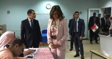 وزيرة الهجرة تدلى بصوتها فى الاستفتاء.. وتؤكد: عرس حقيقى