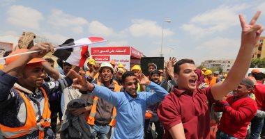 صور.. احتفالات أمام لجان التجمع للاستفتاء على التعديلات الدستورية