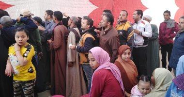 صور.. زحام وطوابير أمام لجان المرج للاستفتاء على التعديلات الدستورية