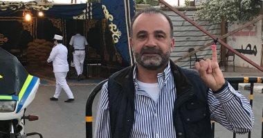 رئيس اتحاد السلاح  يدلى بصوته فى استفتاء التعديلات الدستورية