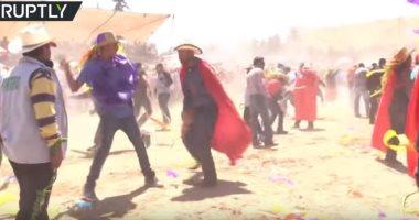 شاهد.. احتفالات مكسيكية تقليدية غريبة بعيد الفصح