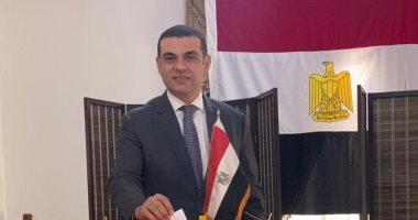 المصريون فى البحرين يواصلهم تصويتهم على التعديلات الدستورية لليوم الثالث