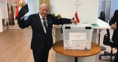 """صور.. """"المصريون الأرمن"""" يشاركون فى الاستفتاء داخل وخارج مصر"""