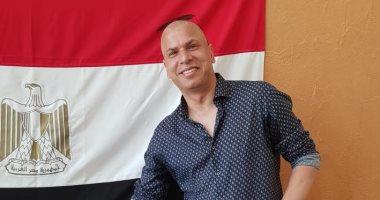 وائل جمعة يدلى بصوته فى استفتاء التعديلات الدستورية فى قطر