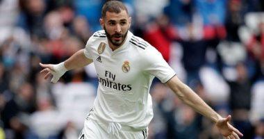 ريال مدريد يدرس مكافأة بنزيما بتجديد عقده حتى يونيو 2022