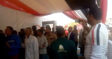 فيديو.. تزايد إقبال المواطنين على الاستفتاء فى لجان القاهرة الجديدة
