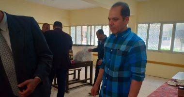 رامى إمام يدلى بصوته فى الاستفتاء على التعديلات الدستورية بمدينة 6 أكتوبر