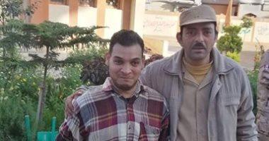 """""""أحمد"""" يتحدى إعاقته ويصوت فى آخر أيام الاستفتاء على الدستور فى دمياط"""