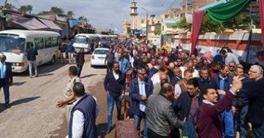 قارئ يشارك بصور لتصويت المواطنين بقرية المعدية فى البحيرة على التعديلات الدستورية