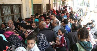صور.. طوابير المواطنين أمام لجان بولاق الدكرور للمشاركة فى ثالث أيام الاستفتاء