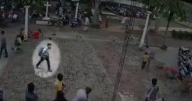 فيديو.. لحظة دخول الانتحارى لتفجير كنيسة فى سريلانكا