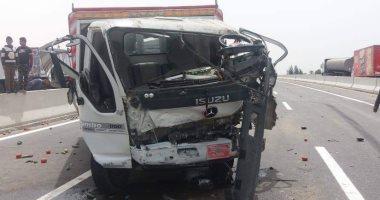 إصابة 9 أشخاص فى حادث تصادم سيارتين بالإسماعيلية