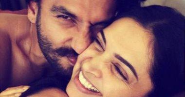 صور.. شاهد رومانسية نجمة بوليود لديبيكا بادوكون مع زوجها